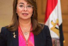 صورة والي تتابع التفويج الاول لحجاج الجمعيات الأهلية