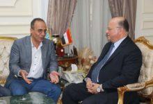 صورة محافظ القاهرة يطالب رئيس هيئة الكتاب بتخفيض أسعار الكتب