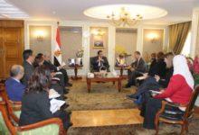 صورة وزير التعليم العالي يشيد بجودة التعليم في أفرع الجامعات الأمريكية بمصر